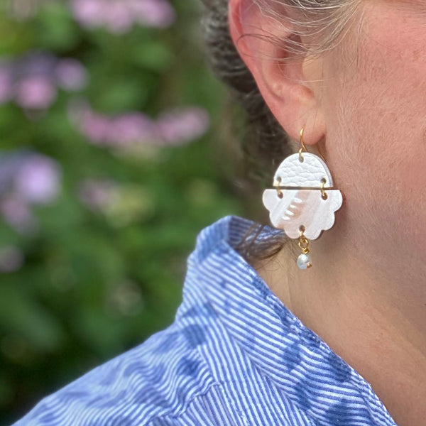 Two boss beads cloud earrings
