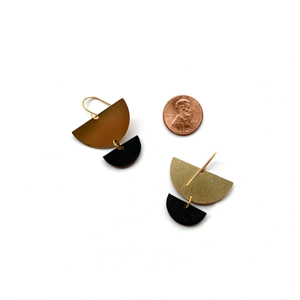 Small geometric dangle earrings in black leather by Two boss beads