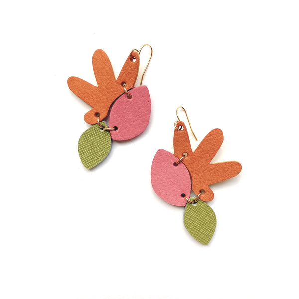Flower earrings in pink and orange leather