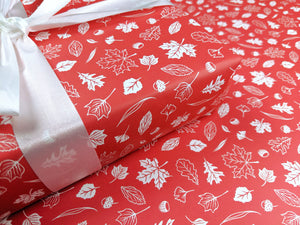 Red northern leaves - wrapping paper