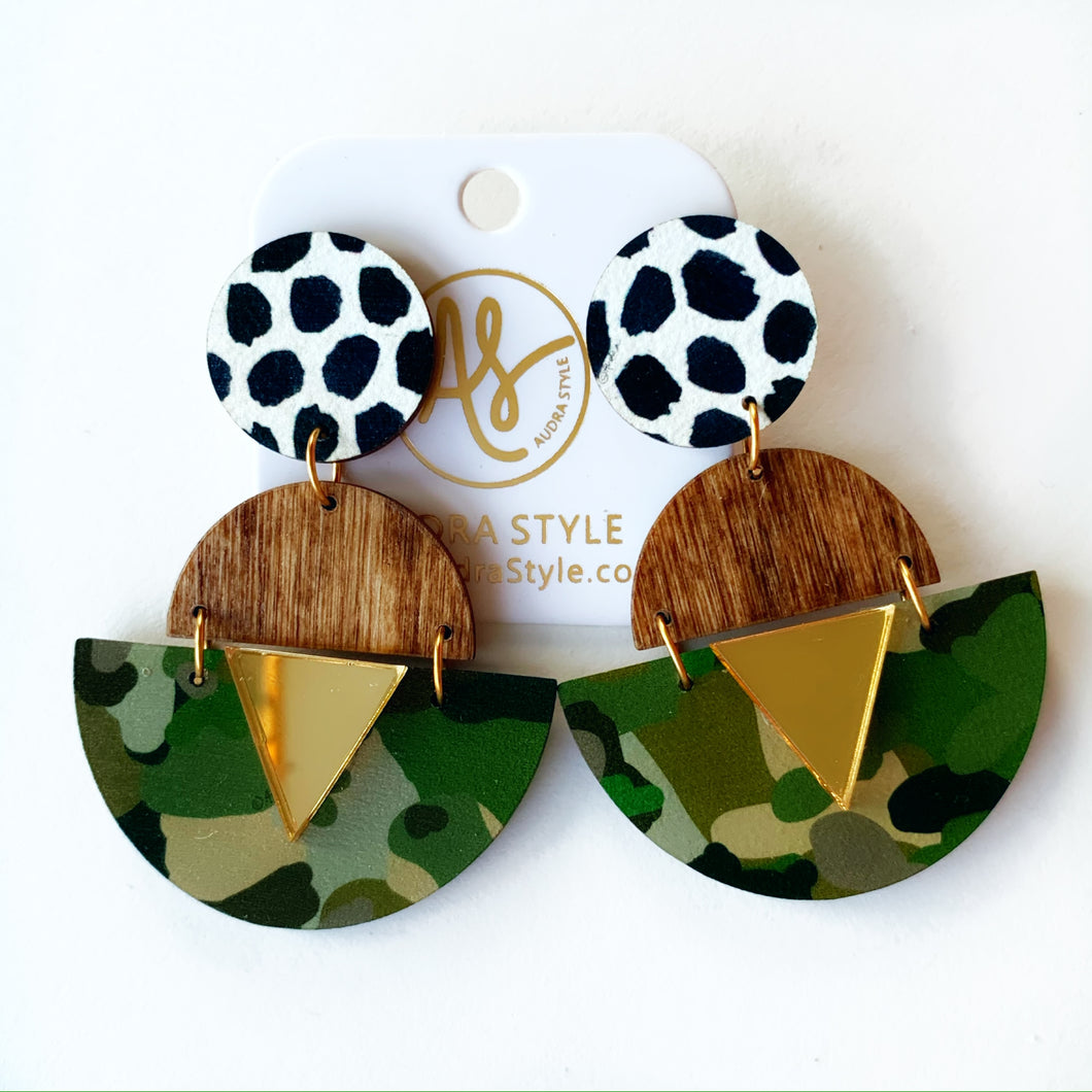 Ashley - Black Dot Wood Camo