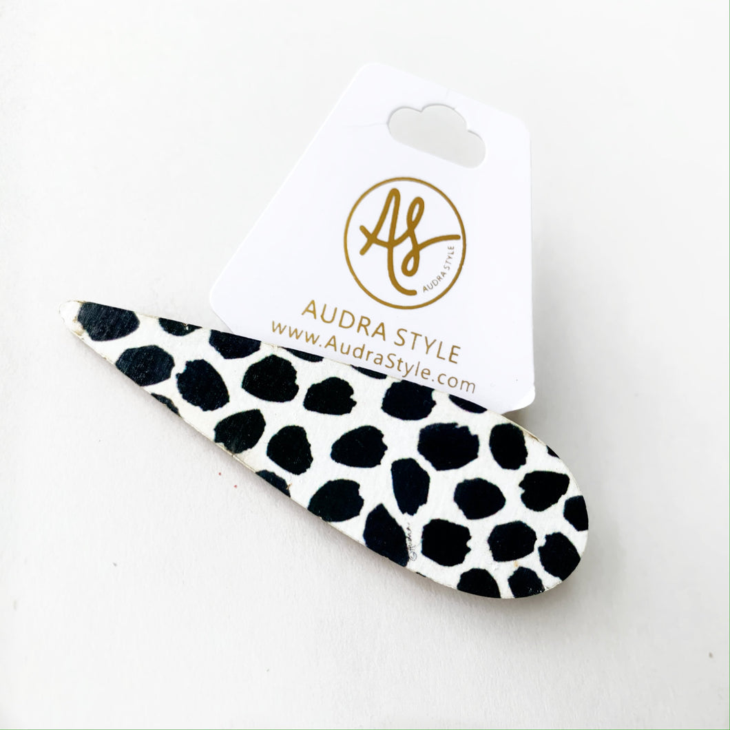 Barrette - Black Dot
