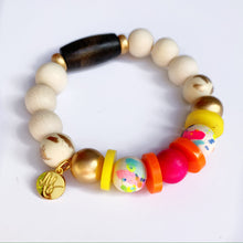 Load image into Gallery viewer, Fuchsia Yellow and Splatter Beaded Bracelet