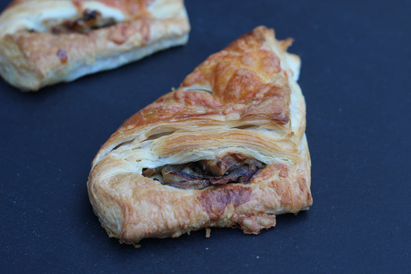Mushrooms, Onion & Cheese Pocket