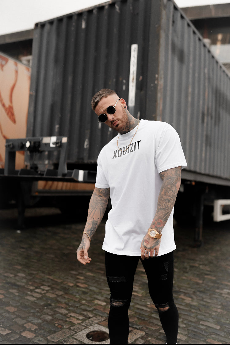 WHITE XQUIZIT OVERSIZED T-SHIRT