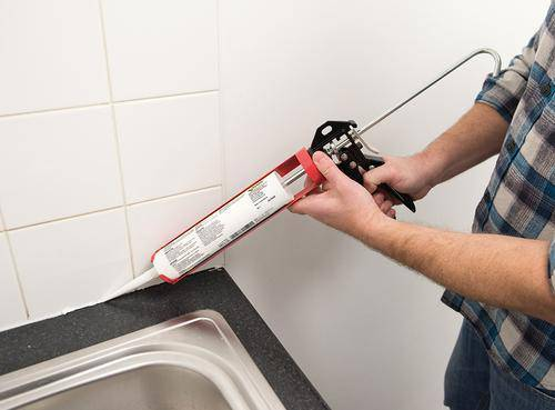 Rotating Caulking Gun