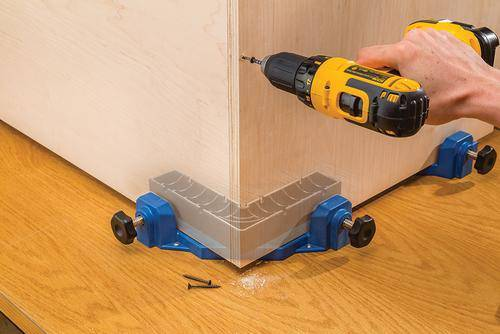 Clamp-It? Corner Clamping Jig