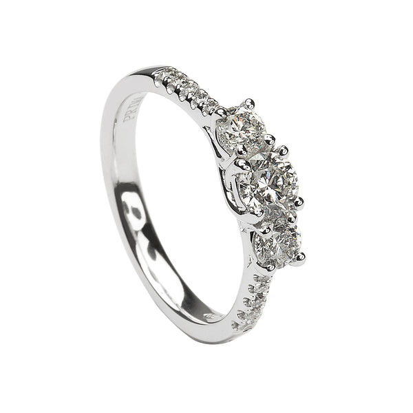 https://www.youtube.com/watch?v=Q9EwE2qDR4o diamond engagement ring