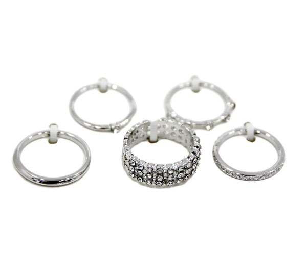 Curvaceous fashion costume rings