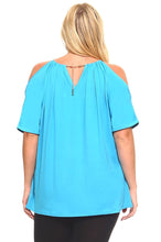 Women's Plus Size Short Sleeved Top With Shoulder