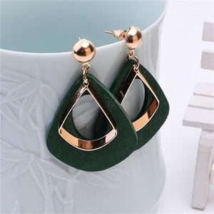 Retro women's fashion statement earrings