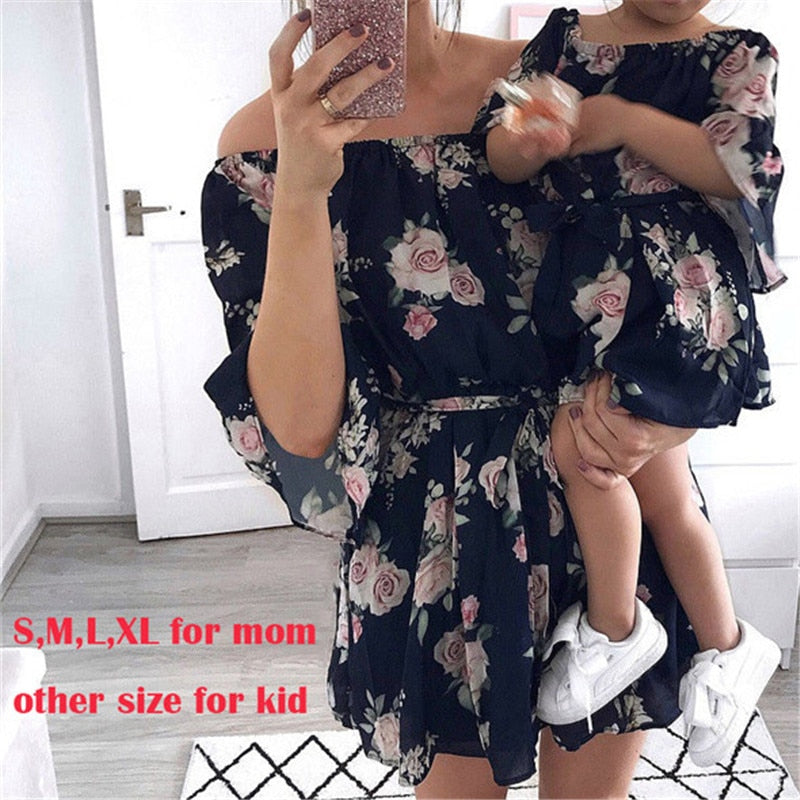 Mother Daughter Family Matching Outfits Off Shoulder Floral Dress Summer Chiffon Girl Women Boho Loose Dresses Sundress Z3