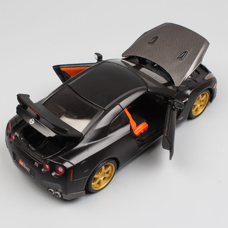 【HOT SALE】《InitialD》- GTR - 1:24 model Comic versionCollector's Edition (japan import)