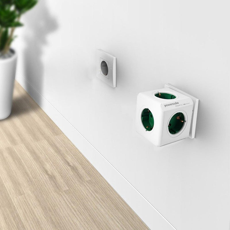 NEW--Charging Dock  Socket EU Plug 5 Outlets Adapter-16A 250V 3680w Power Cube