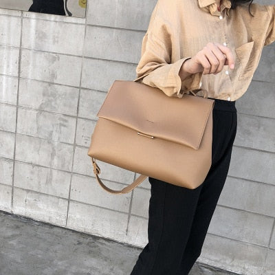 Causal Totes Bags Women Large Capacity Handbags Women PU Shoulder Messenger Bag Female Retro Daily Totes Lady Elegant Handbags