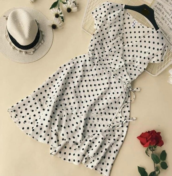 2019 Summer Polka Dot Wrapped Dress V Neck Ruffles Sexy Mini Dress Slim Bodycon Vacation Beach Smocks Korean Fashion