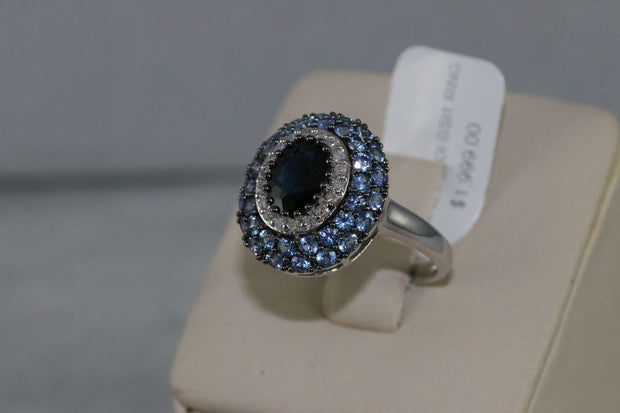 14K White Gold Sapphire and Diamonds Ring
