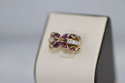 18K Yellow Gold Ruby Ring with Diamonds