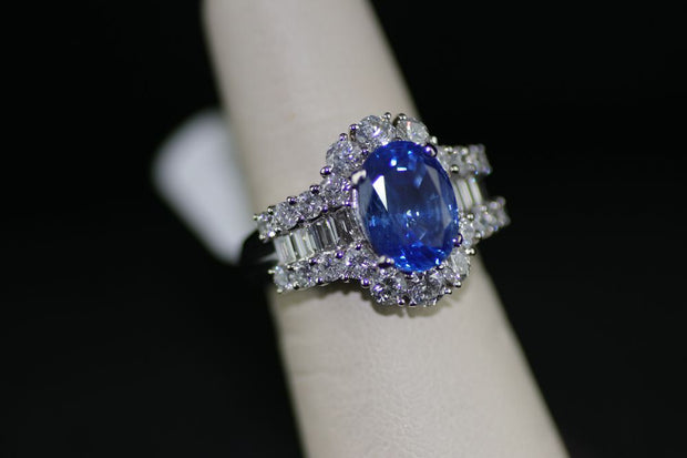 Sapphire Center Stone Ring with Diamond