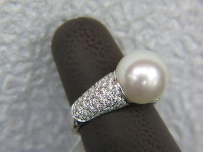 18K White Gold 13MM Pearl Ring With Diamonds