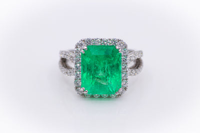 Custom 18K White Gold Emerald Ring