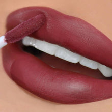 Load image into Gallery viewer, Beauty Creation - The Low Key Lip Set
