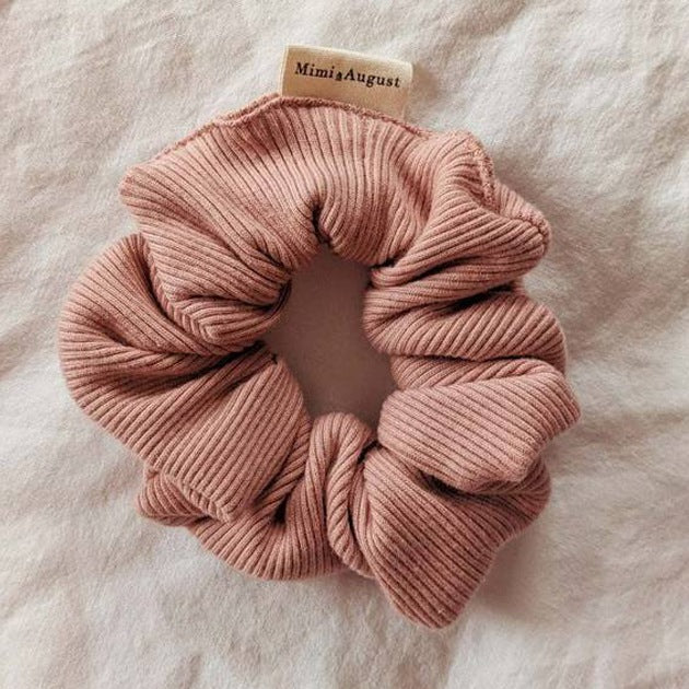 RIBBED ROSE Scrunchie