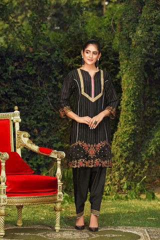 BLACK BEAUTY - Jacquard.pk