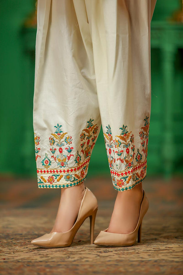 CAMBRIC SHALWAR / PEARLY CREAM - Jacquard.pk