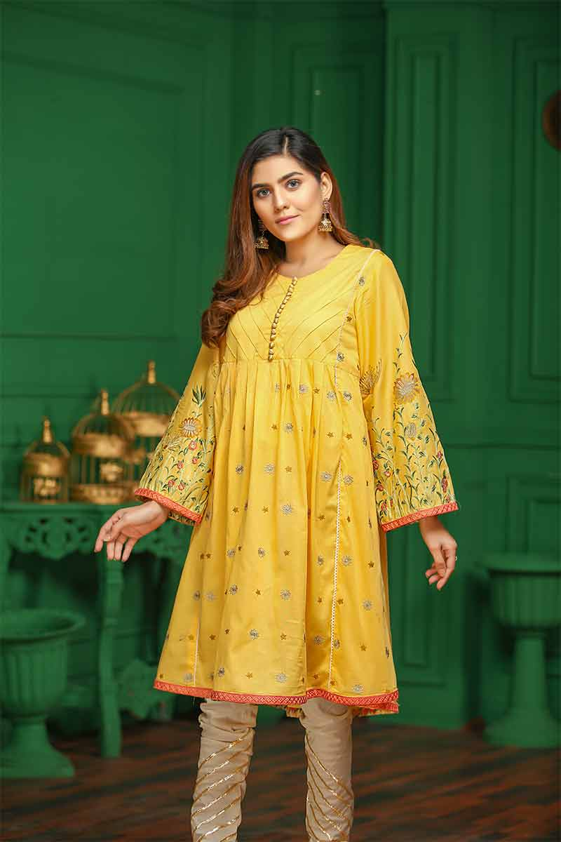 LAWN EMBROIDERED / BLOSSOM YELLOW - Jacquard.pk