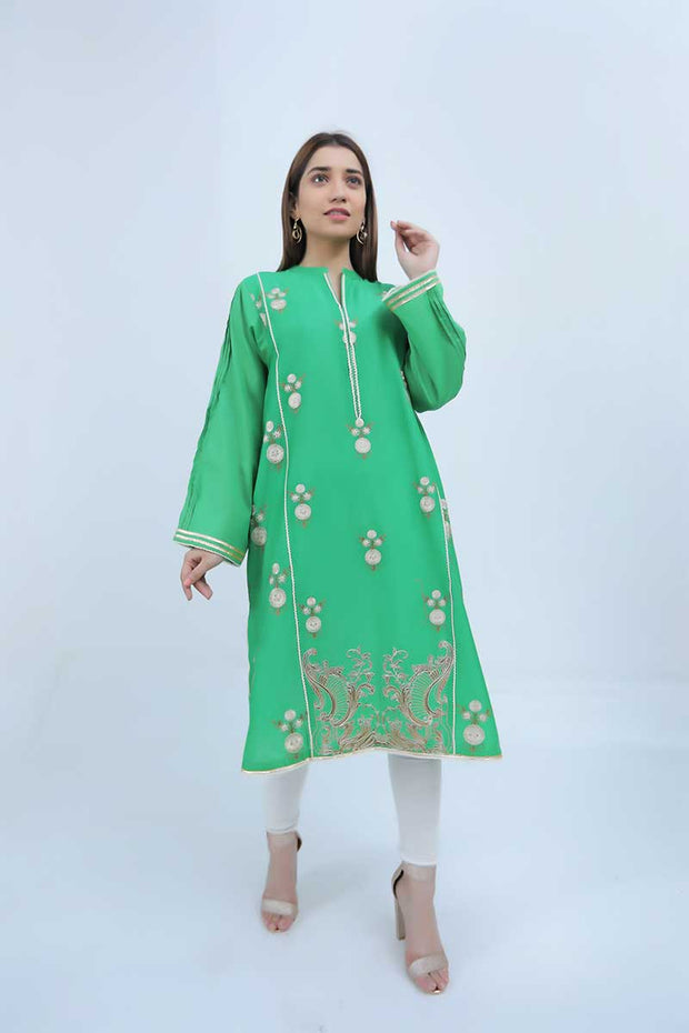 LAWN SHIRT / GREEN BAROQUE FLOWERS - Jacquard.pk