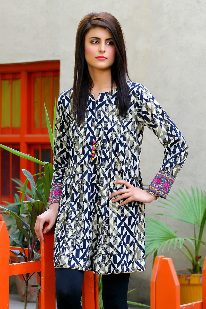 Online Designer Dress Lahore, Heavy Engraved white and black shirt with black trouser