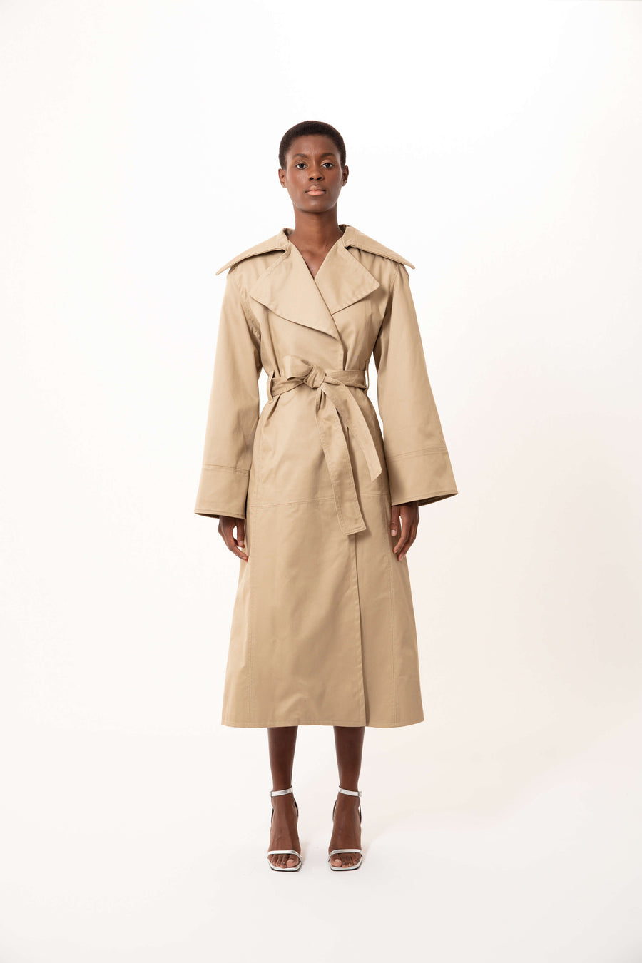 ROBYN VOLUMINOUS TRENCH COAT BEIGE