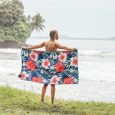 Maui (Navy Blue) - Evolve Travel Goods Adventure Towel - Sustainable, Made From Recycled Plastic and Sand Free