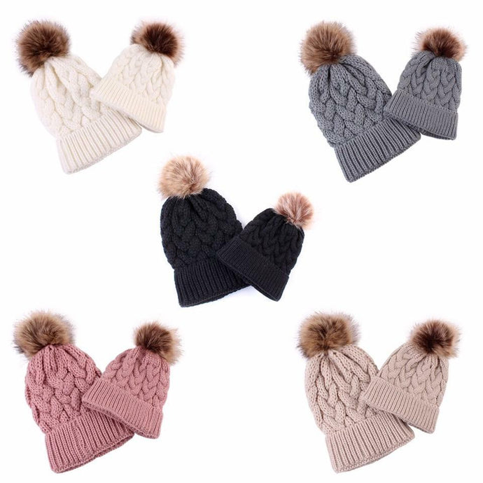 Mommy & Me Pom Pom Beanie Set