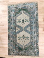 Load image into Gallery viewer, Deha, Vintage Turkish rug