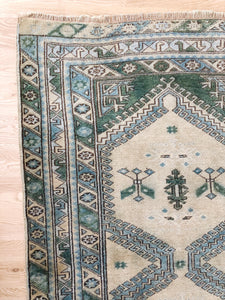 Deha, Vintage Turkish rug