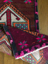 Load image into Gallery viewer, Evelyn, vintage Turkish yastik rug