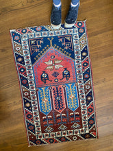 Load image into Gallery viewer, Ran, vintage a Turkish rug 2'4 x 3'10