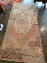 Load image into Gallery viewer, Ela, vintage Turkish Oushak 3'8 x 8'6 runner