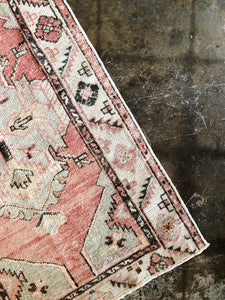 Nadim, vintage Turkish rug, pink
