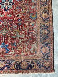 Zenja, vintage Persian Heriz, all over pattern, 6'7 x 9'5