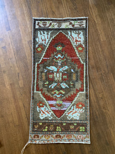 Eda, vintage Turkish yastik 1'7 x 3'4
