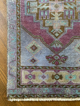 Load image into Gallery viewer, Dilara, vintage a Turkish yastik, 1'10 x 3'2