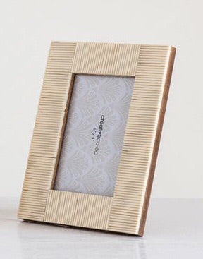 Resin photo frame 4x6