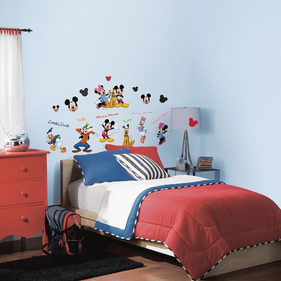 ROOM MATE MICKEY MOUSE CLBHSE CAPERS GNT PEEL & STICK