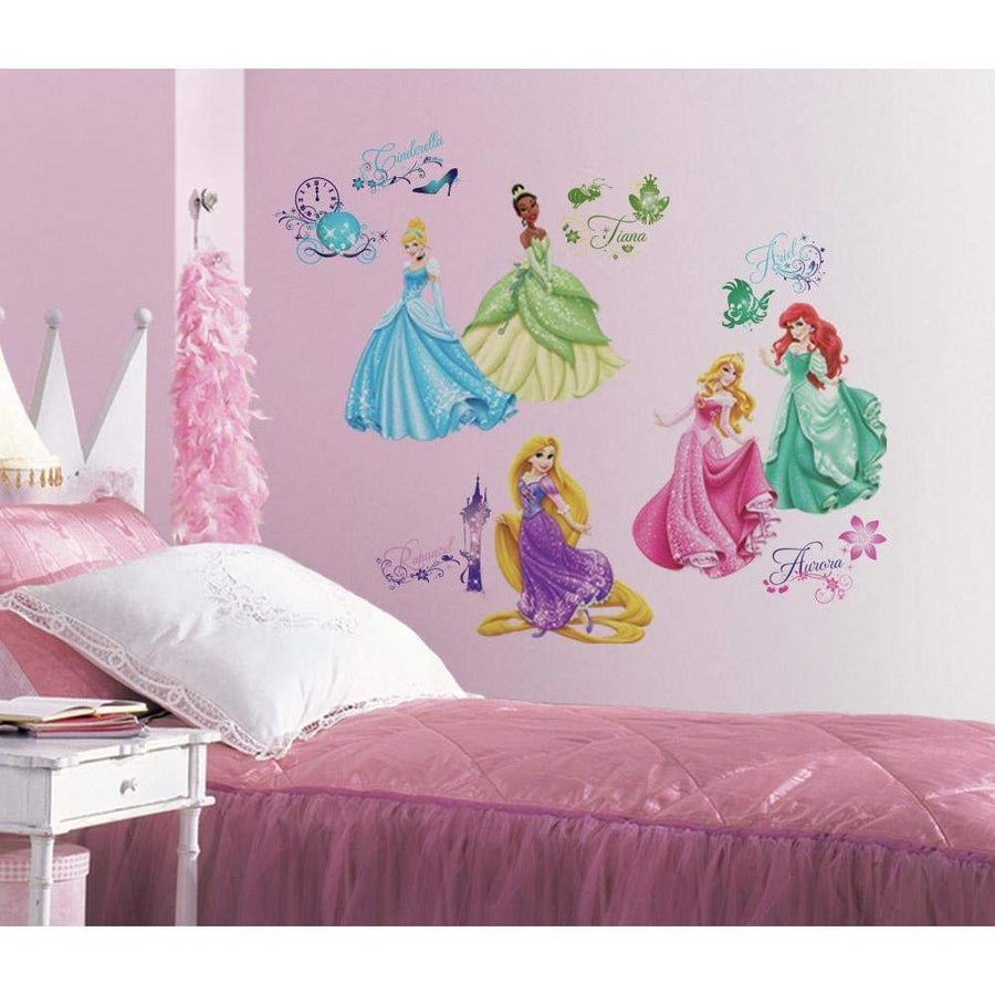 ROOM MATE DISNEY PRINCESS ROYAL DEBUT PEEL & STICK