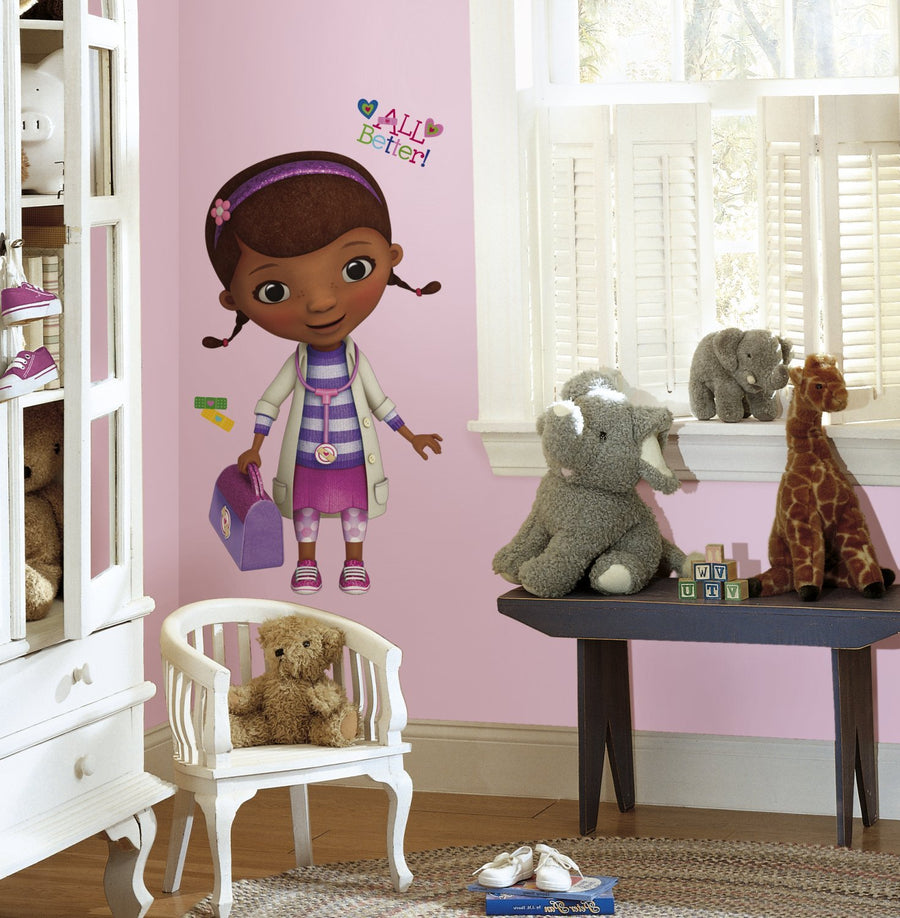 ROOM MATE CALCOMANIAS DECORATIVAS DOC MCSTUFFINS GIANT