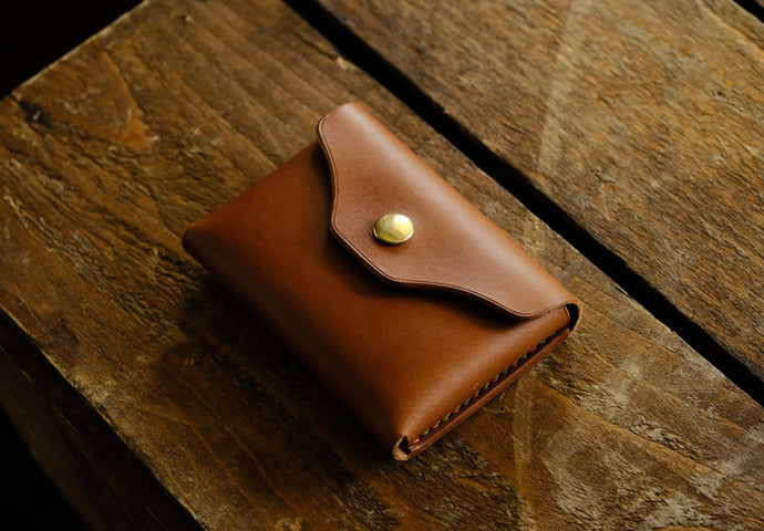 Butch pouch wallet