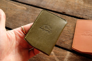 Flann vertical single pocket cardholder